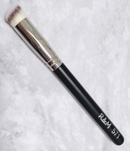 R&M 571 concealer & buffer mini synthetic rounded slant shape handcrafte... - $10.00