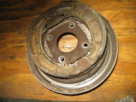 KAWASAKI 1987 300 BAYOU 2X4 LEFT REAR BRAKE ASSEMBLY  (BIN 14)   P-6552L... - $25.00