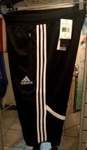 Adidas CON 14 3/4 PNT Short 3/4 Adidas Size Large - $39.60