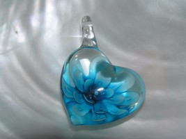 Estate Clear Glass Heart with Blue White Dimensional Flower Pendant – 1 ... - $8.59