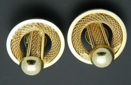 Gold Tone Metal Mesh Abstract Circle Clip-On Earrings Vintage - $13.86