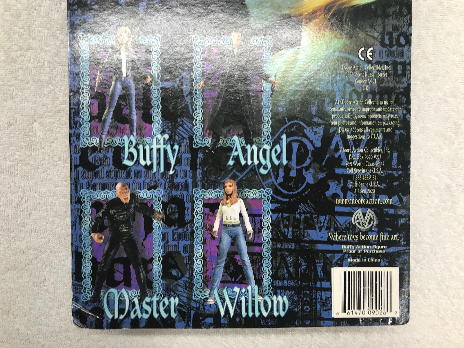 "Buffy The Vampire Slayer Buffy 5.5"" Figure Exclusive Signed Clayburn Moore"