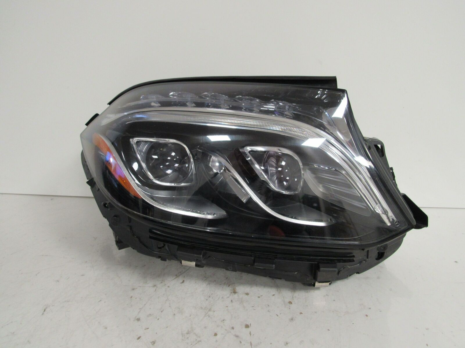 Primary image for 2017 2018 MERCEDES BENZ GLS GLS450 GLS550 RH PASSENGER HEADLIGHT LED OEM B17R
