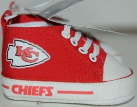 Baby Fanatic KCC2140 Kansas City Chiefs NFL Pre Walkers Baby Shoes 0 to 6 Months image 5