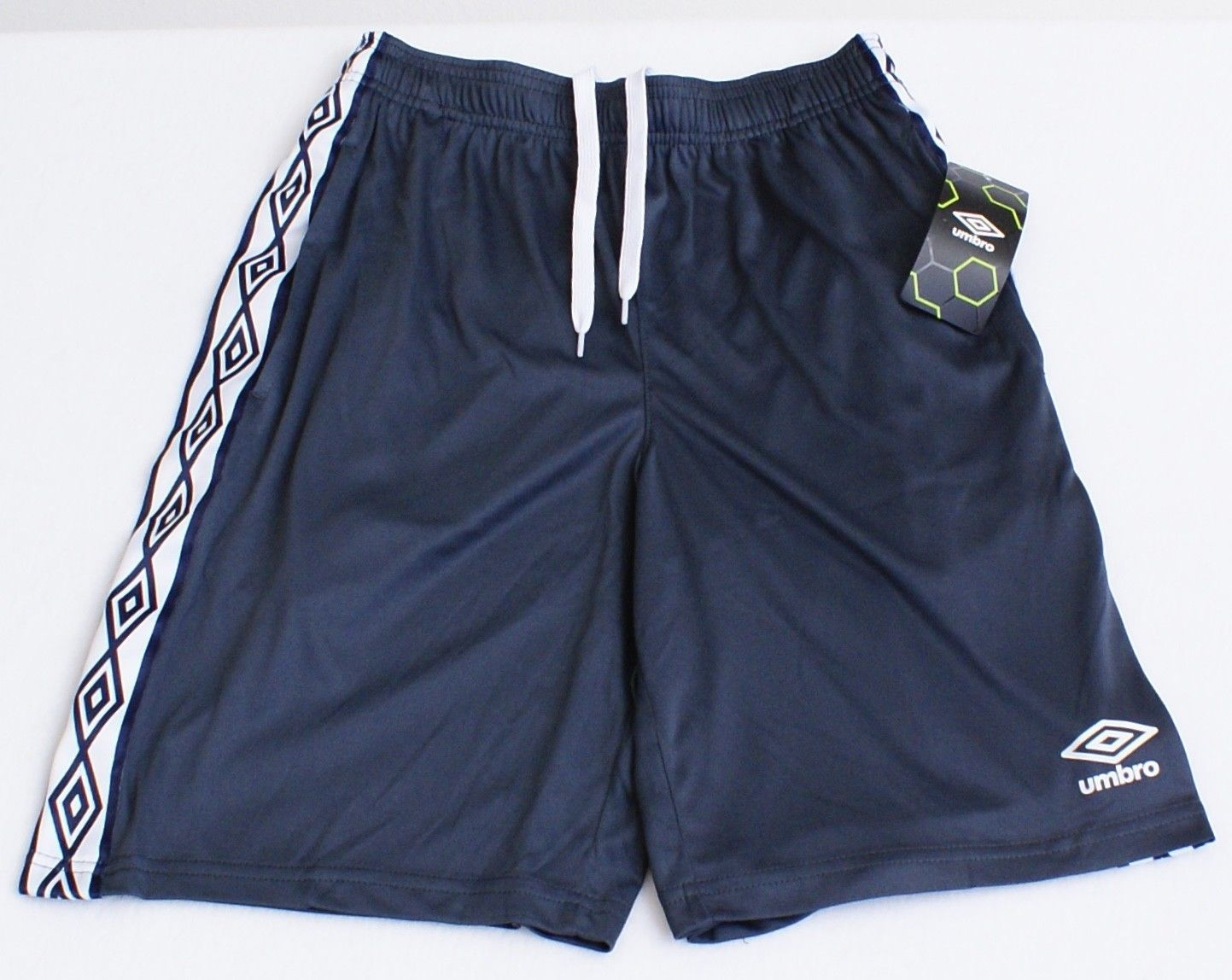 bf66f0794d Umbro Signature Gray Athletic Shorts Men's NWT - $22.49