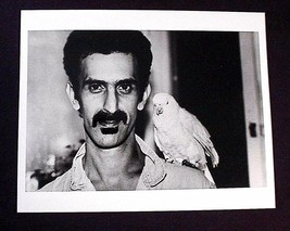 FRANK ZAPPA SHORT HAIRCUT W/ BIRD 8X10 B/W PHOTO MOTHERS OF INVENTION BE... - $18.88
