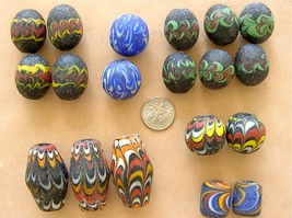 19 LOOSE VINTAGE OLD JATIM INDONESIA JAVA BORNEO PELANGI GLASS LARGE TRA... - $247.50