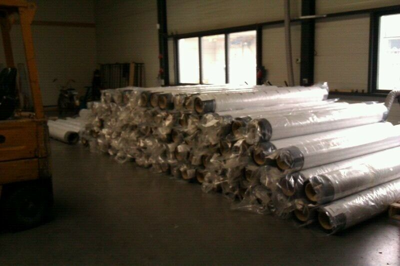 4 ROLLS 25' X 100' BLACK UNIVERSAL 45 MIL EPDM RUBBER  ROOFING AND POND LINER