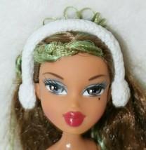 Bratz Barbie White Earmuffs Winter Wonderland Accessory Hard Plastic Acc... - $9.89