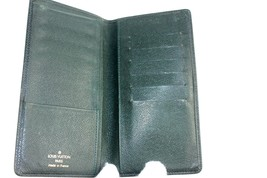 auth Louis Vuitton taiga leather Porte Chequier Check Book Credit card Wallet - $137.61