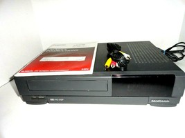 Samsung Vcr Vhs Player Recorder With Av Cables & Manual VR3702 Tested Works - $49.50