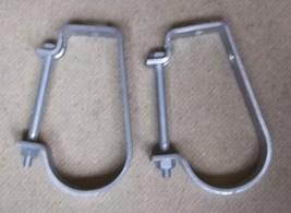 B-Line B3690 Conduit Hanger J-Type for 1 1/2in Conduit Lot of 2 - $6.55