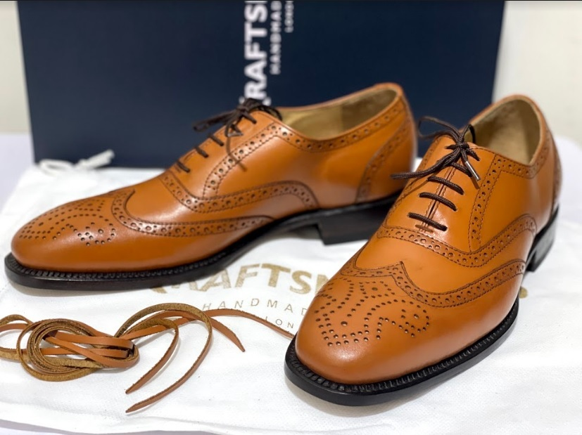 Handmade Men's Brown Leather Wing Tip Heart Medallion Lace Up Dress/Formal Shoes