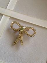 Vintage Lime Yellow Crystal Rhinestone Tied Bow Fashion Brooch - $25.00