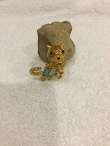 Vintage Cat Brooch Pin Wired Faux Turquoise Belly Rhinestones RARE Figur... - $42.88