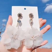 MENGJIQIAO 2019 New Elegant Crystal Acrylic White Flower Drop Earrings F... - $19.06