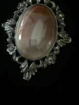 Vintage 50s Oval Agate and brass/gold frame brooch image 2
