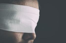 Blindness Spell Cause Foe to Begin Loosing Eye Sight When They Sought En... - $100.00
