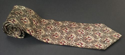 Primary image for Bill Blass Tie Brown Red Classy Look Business Attire All Silk Necktie Neckwear