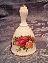 """ROYAL ALBERT 1962 Old Country Rose 4 1/2"""" Bell Still Has tags! - $9.49"""
