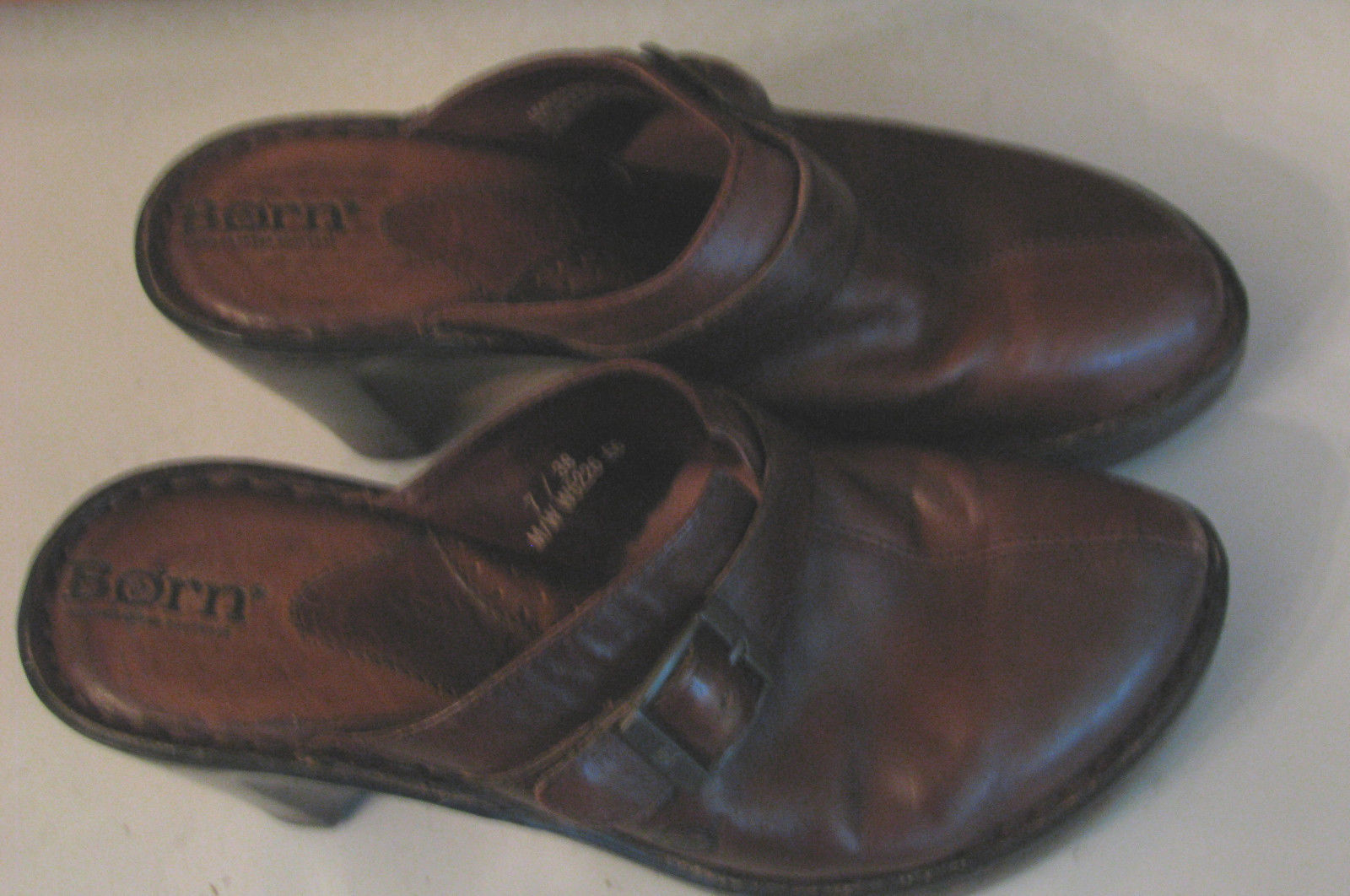 BORN Brown Leather MULES Woman's SHOES 7 / 38 Buckle Accent FANCY