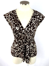 Bcbg Max Azria Brown White Floral Stretchy Blouse Cap Sleeve Tie Top Shirt M - $9.90