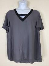 Torrid Womens Plus Size 4 (4X) Gray V-neck Blouse Short Flutter Sleeve - $19.80