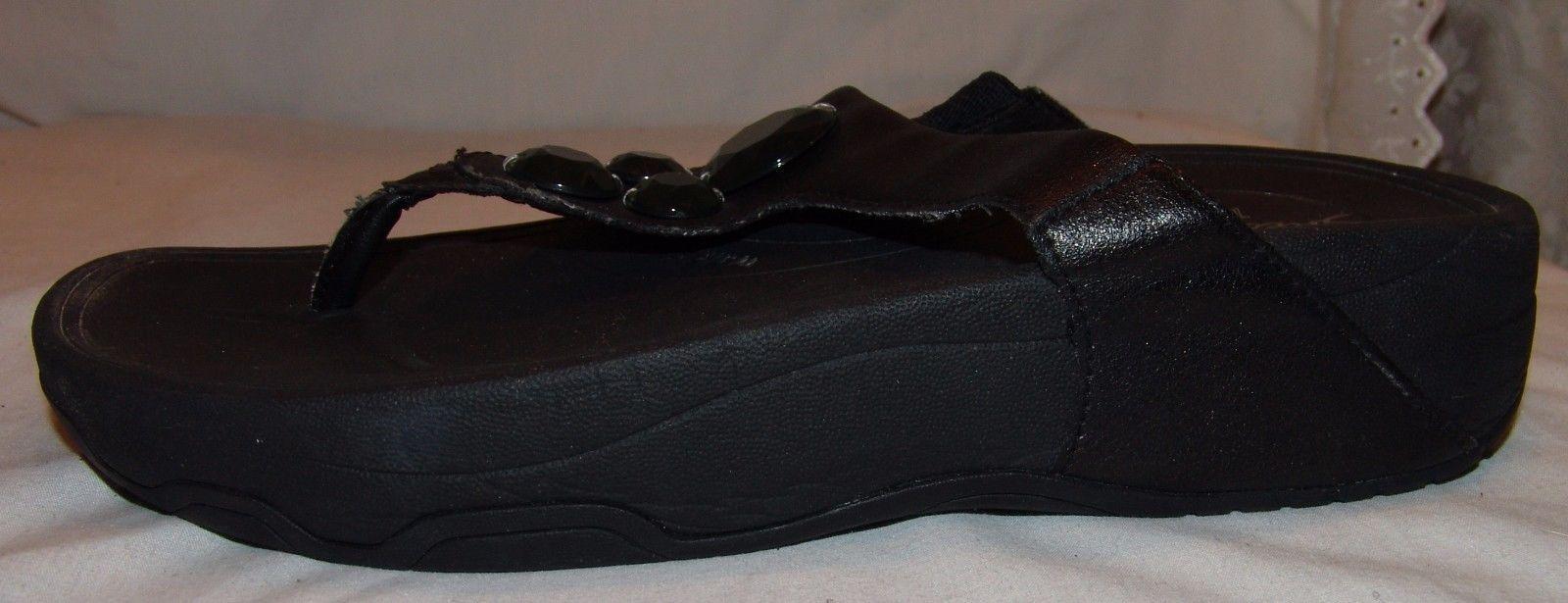 Skechers Tone Ups Flip Flops 8 8.5 Black w/ Green Gemstones Sandals Shoes