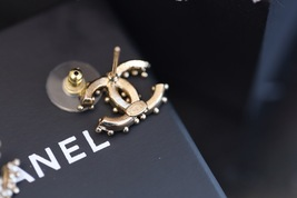 Authentic Chanel 2019 Classic CC Logo Crystal Gold Stud Earrings  image 6