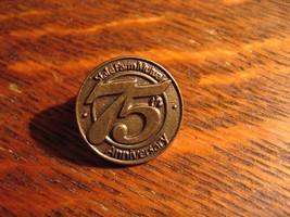 State Farm Mutual Lapel Pin - Vintage 1997 Automobile Insurance Company ... - $19.79