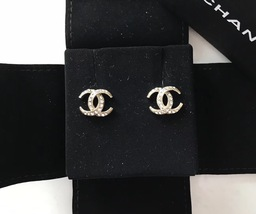 Authentic CHANEL CRESCENT MOON CC logo Gold tone & Crystal Stud Earrings RARE image 3