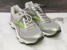 Reebok Run-on Silver Green Running Shoe Womans 8 - $23.76