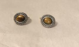 Vintage Avon Earrings - $5.94