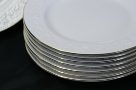 """Libbey White Embossed Holly Salad Plates 8"""" Xmas Gold Trim Lot of 8 image 2"""