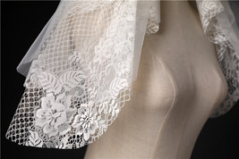 Ivory Shoulder Length Wedding Bridal Veils Layer Floral Lace Tulle Bridal Veils  image 11