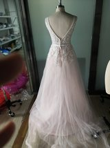 Sexy Sleeveless Deep V Neck Illusion Appliqued Bride Dress A-Line Tulle Luxury W image 5