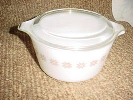 PYREX TOWN AND COUNTRY #473 1 QUART CASSEROLE DISH +LID FREE SHIPPNG IN USA - $26.17