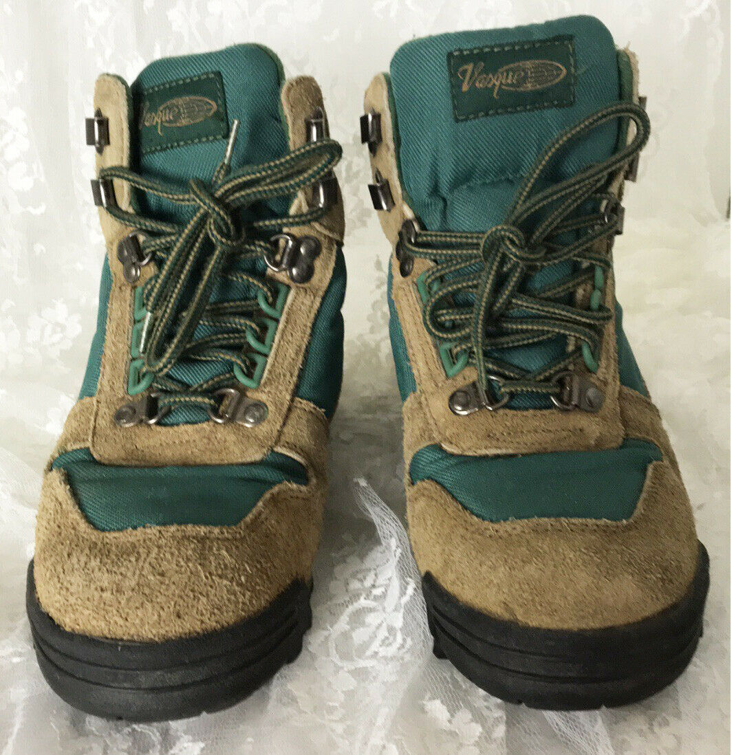 55af624aa0e Vasque Women's Hiking Boots Size 8 Style and 50 similar items