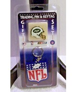 New York Jets NFL Football Key Chain Pin New Trading Collectible Gift Set - $12.82