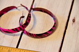 vintage large purple black stripe hoop earrings oversize - $7.91