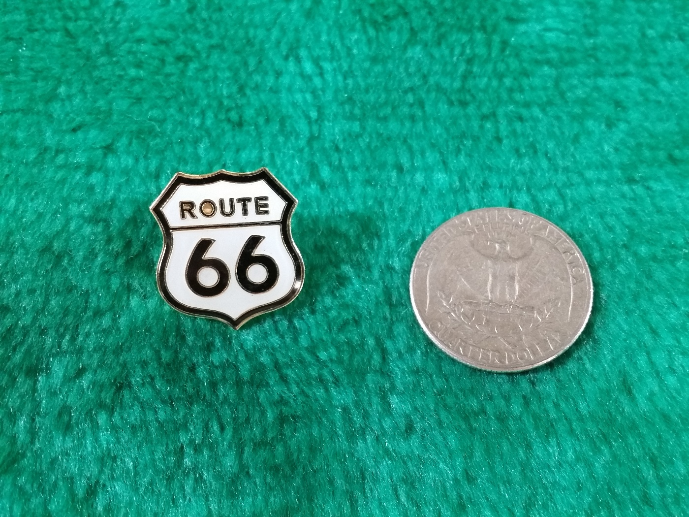 Route 66 Shield Street Sign Lapel Pin