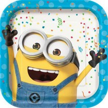 Despicable Me Party Minion Lunch Dinner Plates 8 Per Package Birthday Supplies - $3.91