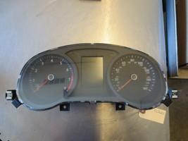 GRL220ab Gauge Cluster Speedometer Assembly 2015 Volkswagen Jetta 2.0 5C... - $32.00