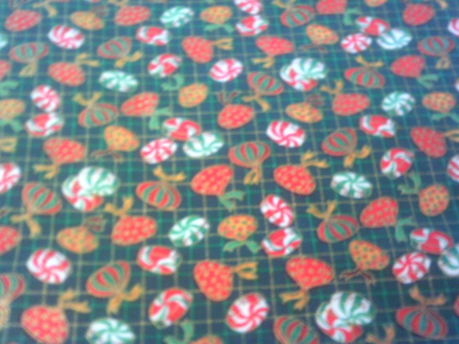1/2 Yd Quilt Fabric Christmas Candy Piece Red Green Kiss Peppermint Gold Green