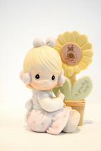 Precious Moments   A Growning Love  E-0008  Clasic Figure - $13.36