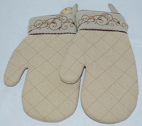 Grasslands Road Brand Cucina Style Set of Two Quilted, Embroidered Light Tan Ove