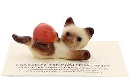 Hagen-Renaker Miniature Cat Figurine Siamese Kitten with Yarn Chocolate Point