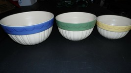FARMHOUSE COUNTRY SHABBY CROCK MIXING BOWLS SET OF 3 BLUE GREEN YELLOW B... - $34.60