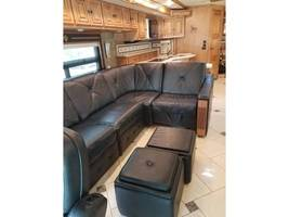 2014 Winnebago TOUR 42QD For Sale In Clarksdale, AZ 86324 image 6