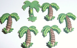 Tropical Palm Trees - Fun Realistic 3-D Tree Plastic Buttons (6 buttons) - $4.59